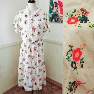 Vintage 1960s White Eyelet Floral Prairie Dress